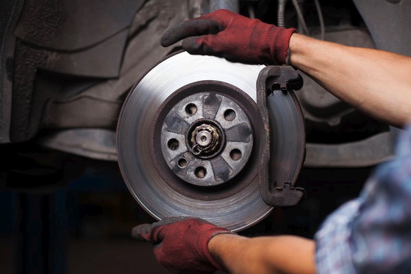 How Much Does it Cost to Replace Brakes?